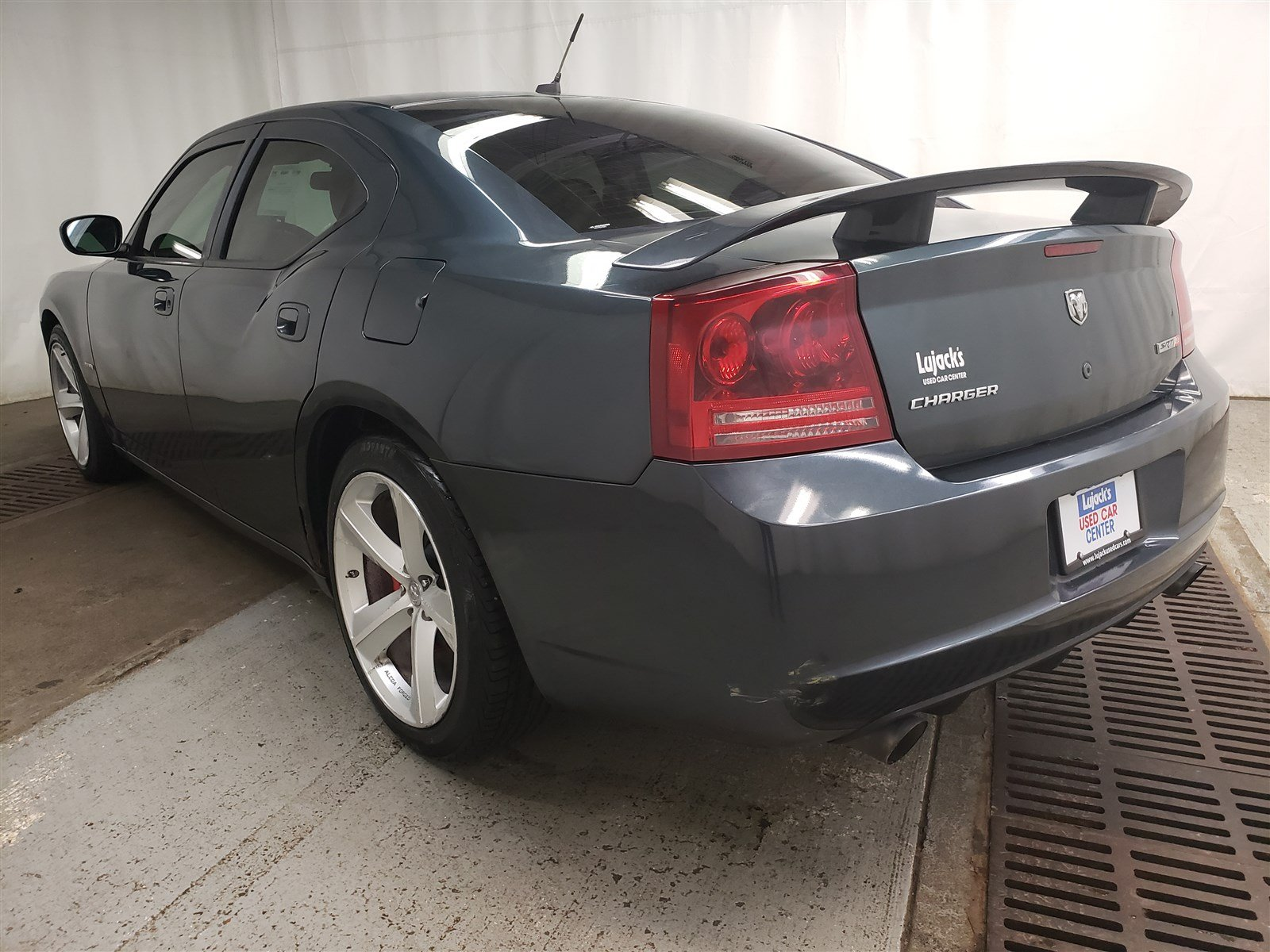 Pre-Owned 2008 Dodge Charger SRT8